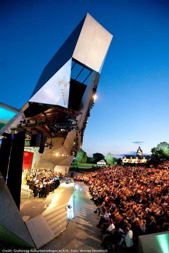 Sommernachtsgala2009-Foto_Werner_Kmetitsch5_creidt