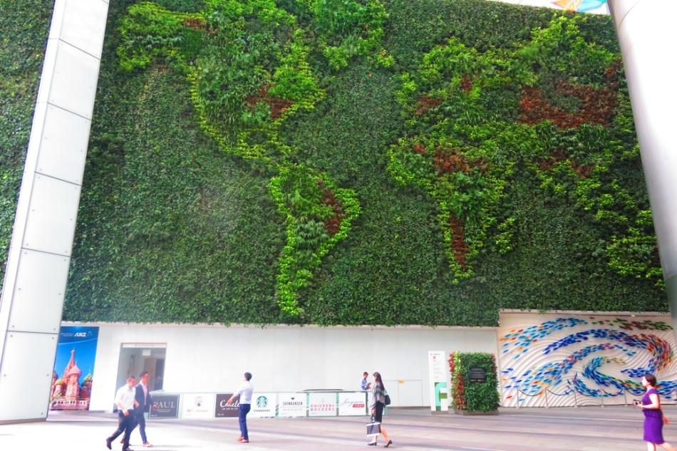 green_wall_